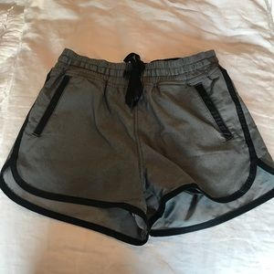Lululemon Gray Shorts w/ pockets